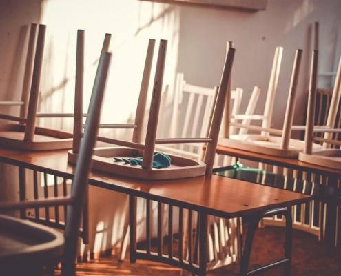 leere Klassenzimmer
